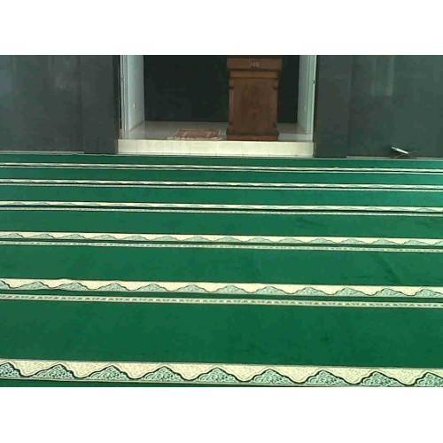 Hasil gambar untuk Karpet Masjid Yasmin