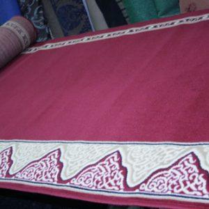 karpet masjid roll yasmin merah